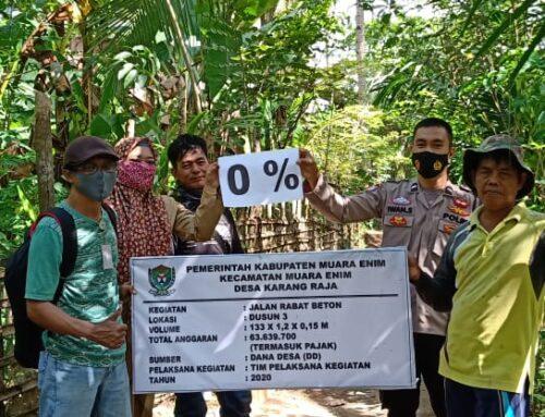 Pembangunan Jalan Menuju Sungai di Desa Karang Raja